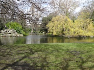 Dublin is a wonderful mix of the old and the new.  St. Stephen's Green in April.