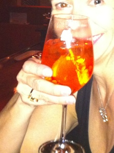 What an Aperol spritz looks like in its country of origin: Italy.